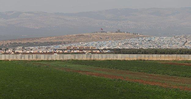 Sınıra güvenlik duvarı besiciyi sevindirdi