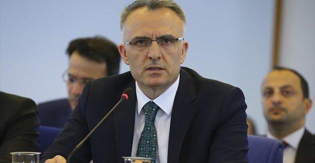 Maliye Bakanı Ağbal: Asgari ücretin düşmemesi için yasal düzenleme önerimiz var