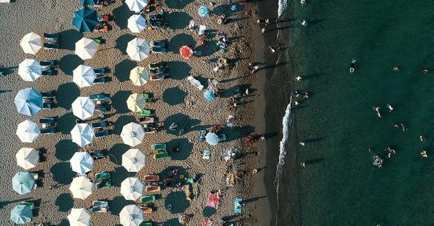 Kültür ve Turizm Bakanı Ersoy: Halk plajları ihalesi yapacağız