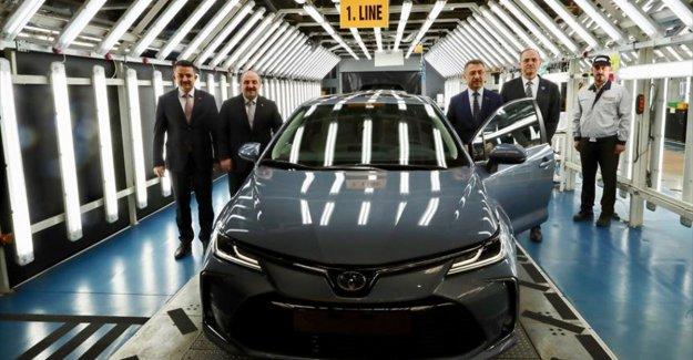 Cumhurbaşkanı Yardımcısı Oktay: 'Hibrit ve elektrikli otomobil satışlarını yükseltmekte kararlıyız''