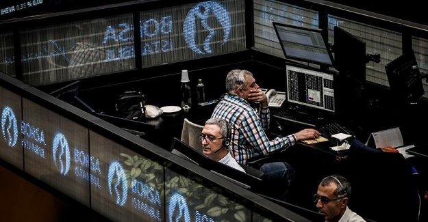 Borsada yatırımcı sayısı arttı, milyoner sayısı azaldı