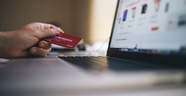 İnternetten 'Efsane Cuma' alışverişlerinde 'taklit ürün' uyarısı