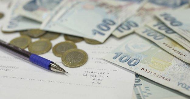 Kovid-19 mağduru esnaf ve sanatkarların kredi borçları 3 ay ertelendi