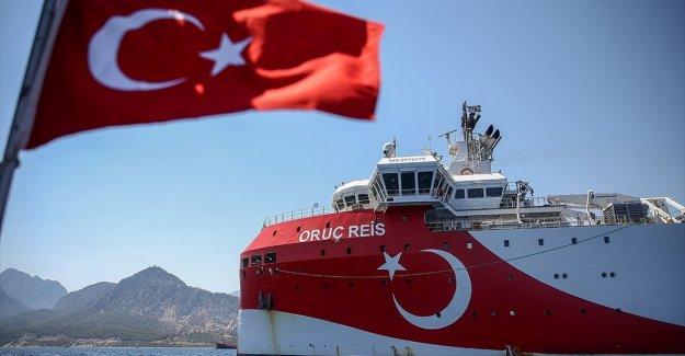 Oruç Reis sismik araştırma gemisinin Doğu Akdeniz'deki çalışma süresi uzatıldı