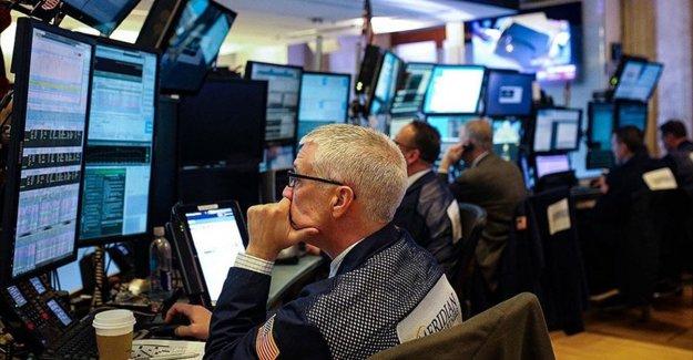 ABD'de endeksler teknoloji hisselerindeki satışların etkiyle sert düştü