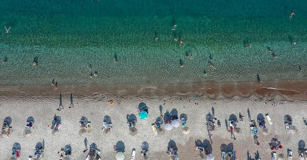 Antalya 8 ayda 1 milyon 558 bin turistin adresi oldu