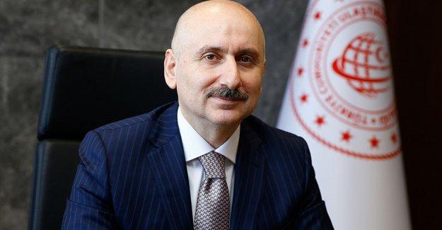 Bakan Karaismailoğlu: Türk sivil havacılık sektörü Kovid-19 salgınını en az etki ile atlatıyor