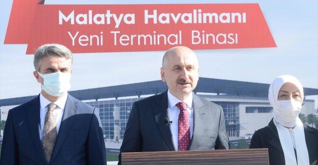 Bakan Karaismailoğlu: Türkiye havacılık alanında dünyanın önde gelen ülkeleri arasında yerini aldı