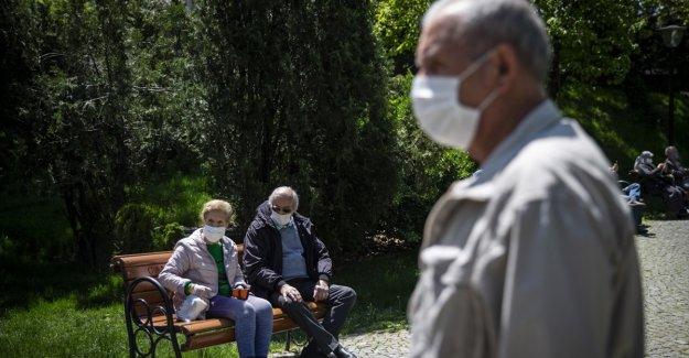 Türkiye'de doğuşta beklenen yaşam süresi, ortalama 78,6 yıl olarak hesaplandı.