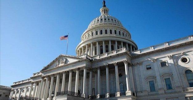 ABD Senatosu Kovid-19 salgınına yönelik ekonomik destek paketini onayladı