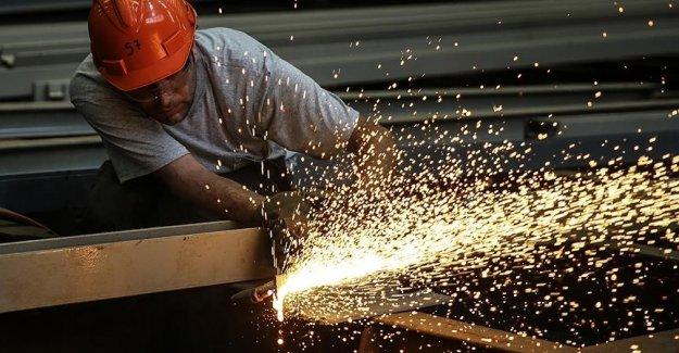 Sanayide çalışan kişi başına üretim arttı