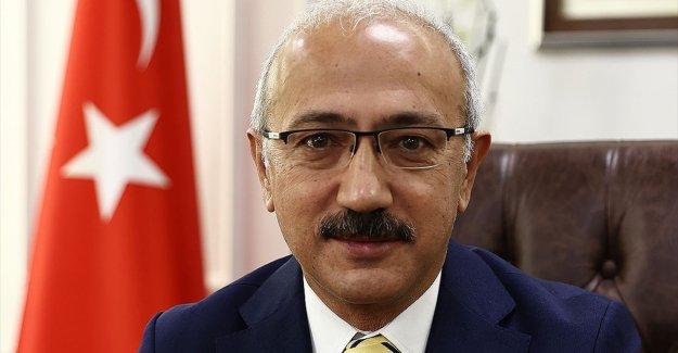 Bakan Elvan: Kovid-19 nedeniyle geçici süreliğine faaliyetlerine ara verilen mükelleflerimizin vergilerini erteledik