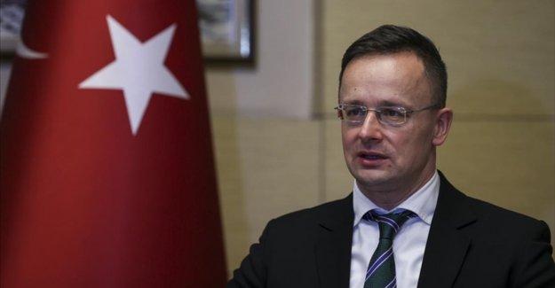 Macaristan Dışişleri ve Ticaret Bakanı Peter Szijjarto, Macar şirketin medikal yatırımı için Türkiye'ye geliyor