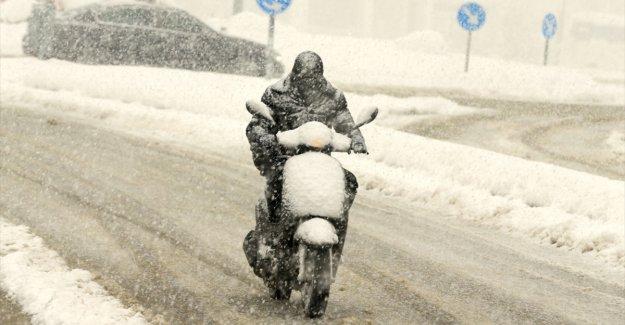 Türkiye genelinde bugün sağanak, karla karışık yağmur ve kar bekleniyor
