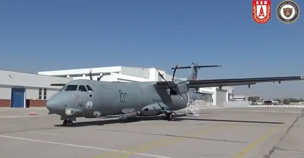 Meltem-3 Projesi'nde ikinci P-72 Deniz Karakol Uçağı Deniz Kuvvetleri Komutanlığına teslim edildi