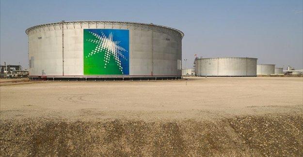 Saudi Aramco'nun net karı Kovid-19 ve petrol fiyatlarındaki düşüş nedeniyle yüzde 44 azaldı