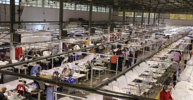 Yozgat'ta üretilen 4 milyon giysinin büyük bölümü Avrupa ülkelerine ihraç ediliyor
