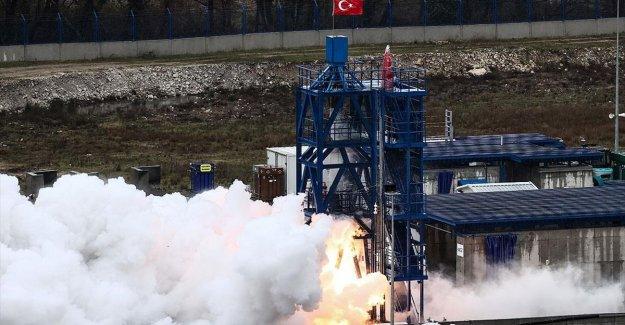 'Ay'a Sert İniş' görevinde kullanılması planlanan hibrit roket motorunun testi başarıyla sonuçlandı