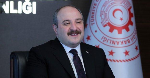 Bakan Varank: Birçok ülkeden İHA ve SİHA'larımızın kendilerine satılmasıyla ilgili talepler var