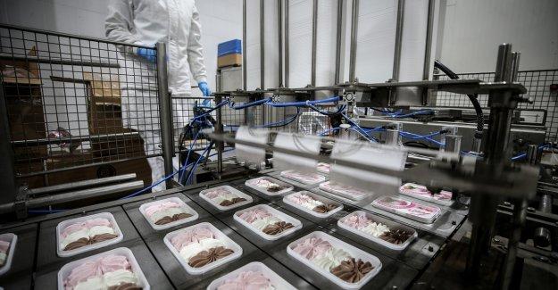 Dondurma üreticisi firma 15 ülkede ağızları tatlandırıyor