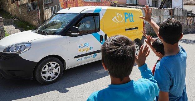 PTT aracılığıyla 'evde sosyal yardım ödemesi' uygulaması vatandaşları memnun etti