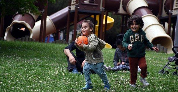 Türkiye'de ortalama hanehalkı büyüklüğü geçen yıl 3,3 kişi oldu