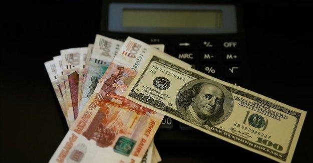 Rusya, Ulusal Refah Fonu'nda dolar varlıklarından çıkacak
