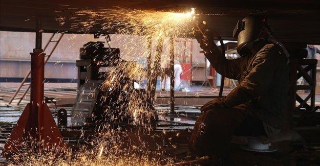 Sanayi üretim endeksi nisanda aylık bazda yüzde 0,9 azalırken, yıllık bazda yüzde 66 arttı