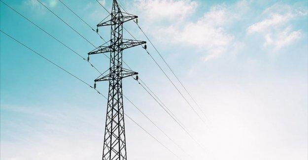 Türkiye genelinde iletim hatları kaynaklı elektrik kesintileri yaşanıyor