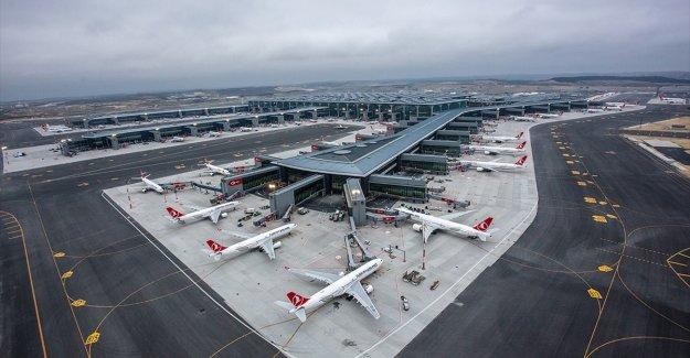 Türkiye'de 8 ayda hava yolunu kullanan yolcu sayısı 75,7 milyonu buldu