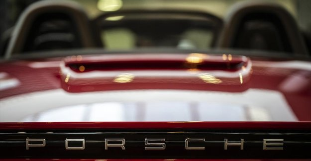 Eylülde en çok satılan spor ve lüks otomobiller belli oldu