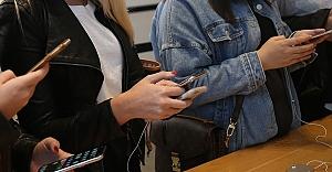 3 bin 500 lirayı geçen cep telefonlarında taksit 3 aya indirildi