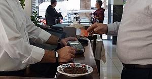 Yemek kartı sektörü 200 binden fazla...