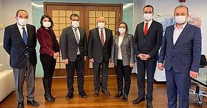 TFF Başkanı Özdemir: 4 büyüklerin şu andaki borçlarının toplamı 14 milyar lira
