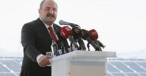 Bakan Varank, yenilenebilir enerji konusunda sektörü desteklemeye devam edeceklerini bildirdi